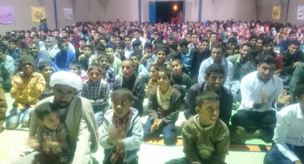 جشن مبعث حضرت رسول(ص) با مشارکت اهل تسنن و تشیع در بندر کوهستک برگزار شد+ تصویر
