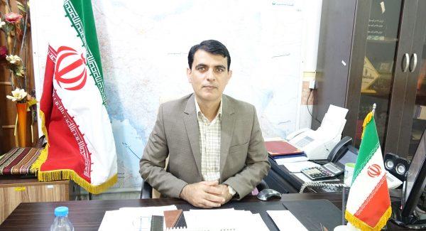 فرماندار و رئیس انجمن کتابخوانی های عمومی شهرستان سیریک درجه برتر استان هرمزگان شد